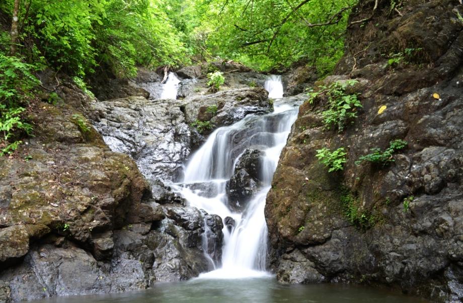 waterfall-hike