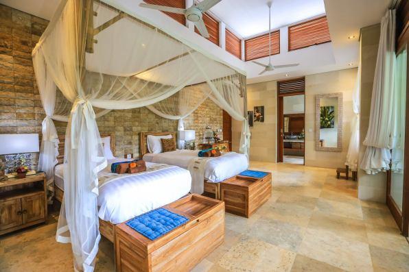 batur guest room for 3 villa shanti